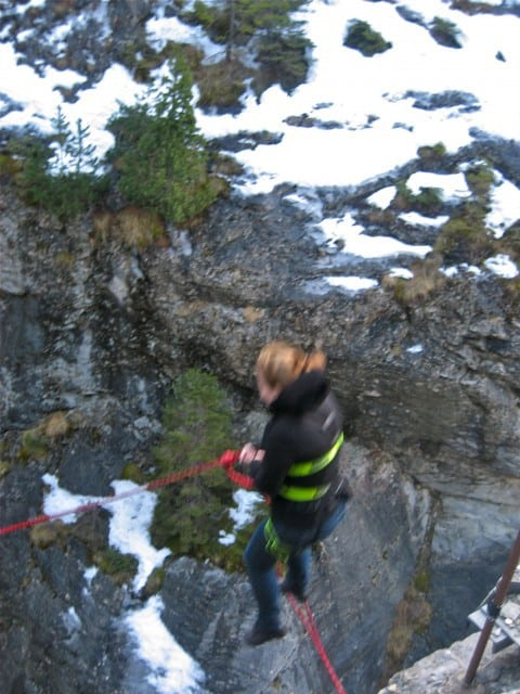 canyon jumping in interlaken