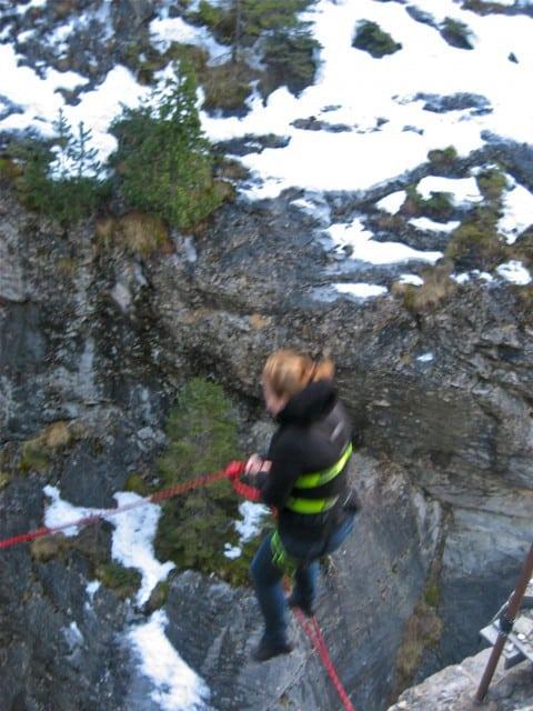 canyon jumping in interlaken