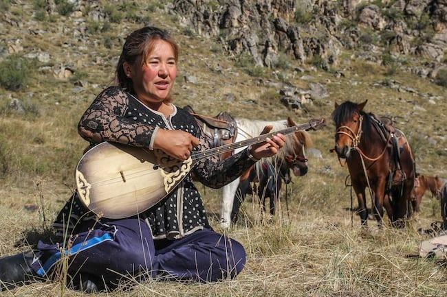 mongolia kazakh altai