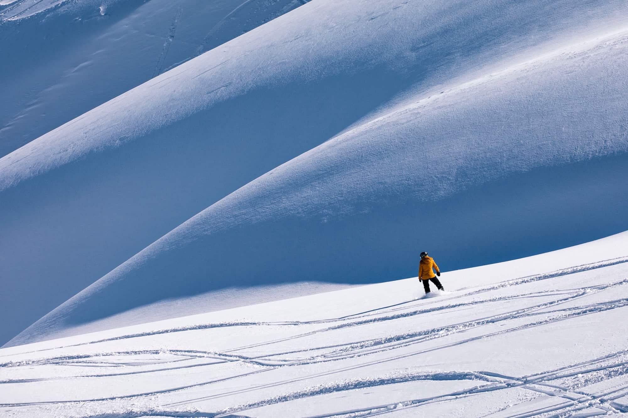 heli skiing new zealand