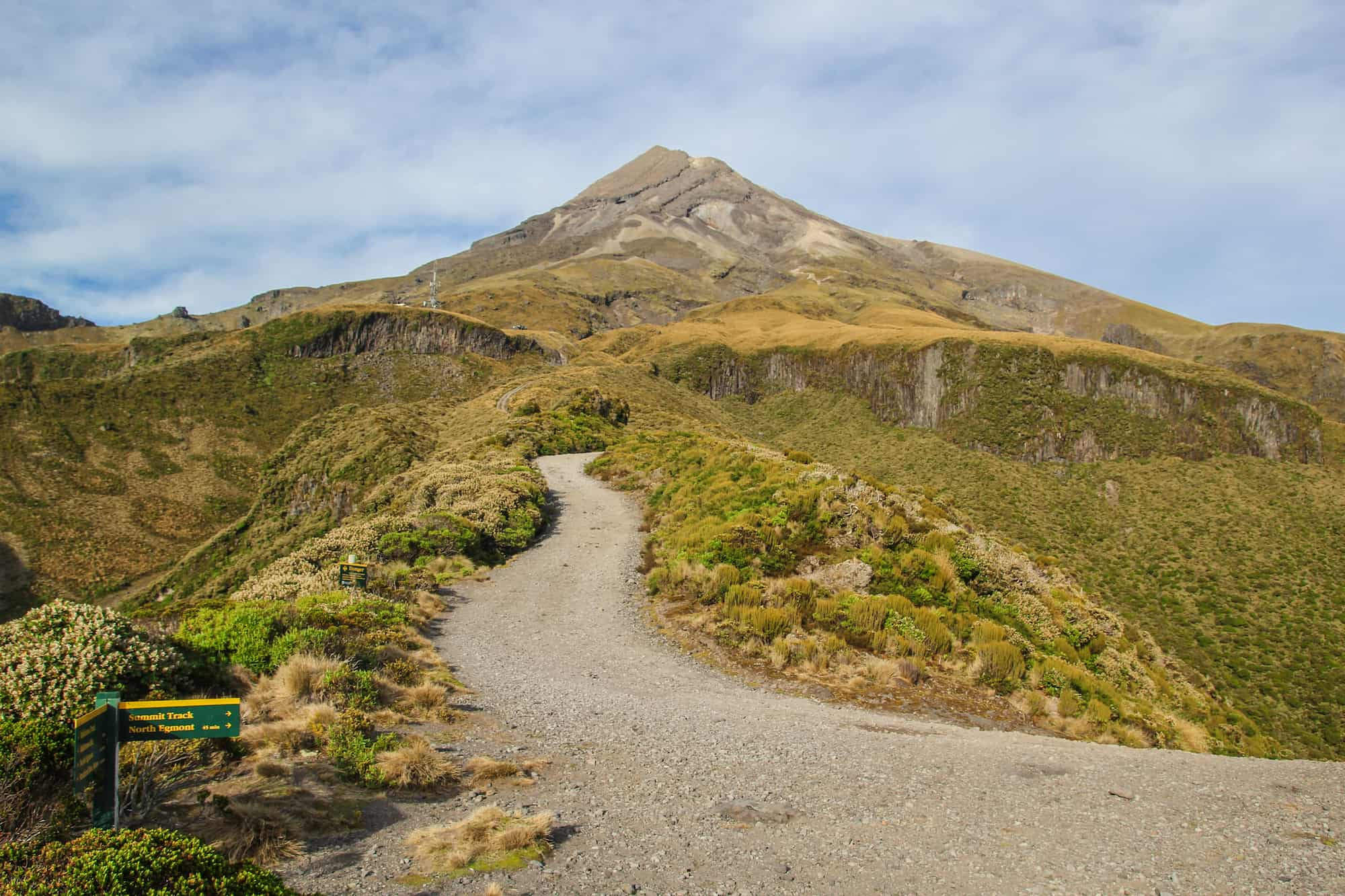 best alpine hikes new zealand